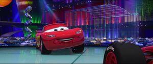 Cars2-disneyscreencaps.com-2520