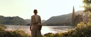 Rey arrives on Takodana - TFA