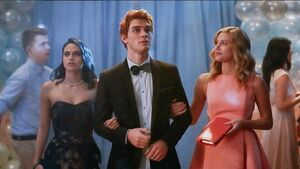 Veronica, Archie and Betty at Prom