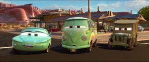 Cars2-disneyscreencaps.com-973