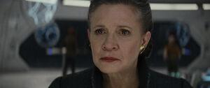 Leia senses Kylo hesitating