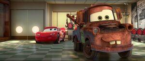 Cars2-disneyscreencaps.com-1078