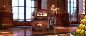Cars2-disneyscreencaps.com-8492