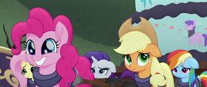Ponies sneaking in