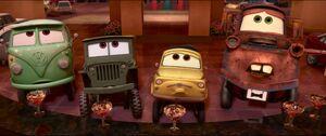 Cars2-disneyscreencaps.com-1614