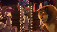 Madagascar3-disneyscreencaps.com-3770