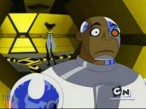 Bumblebee (Teen Titans 2003) 22