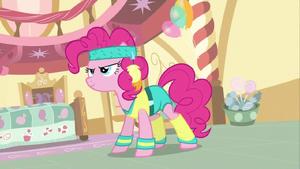 Pinkie Pie Getting Ready 1