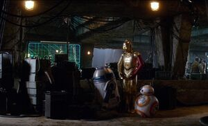 Threepio-R2-TFA
