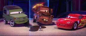Cars2-disneyscreencaps.com-3030