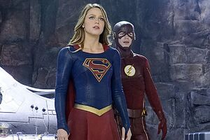 Supergirl flash.0.0
