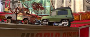 Cars2-disneyscreencaps.com-10802