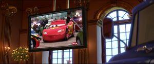 Cars2-disneyscreencaps.com-8402