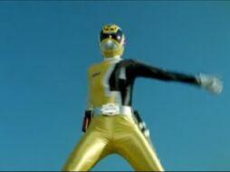 Yellow SPD Ranger.jpg