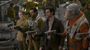 Poe-blasters-hangar-TLJ