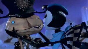 Miss Spider & Mr. Centipede (1)