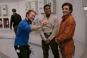 TLJ Rian Johnson, Oscar Isaac and John Boyega - behind the scenes