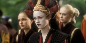 Keira Knightley as Sabé and Natalie Portman as Padme in Star Wars Episode I - The Phantom Menace - 5