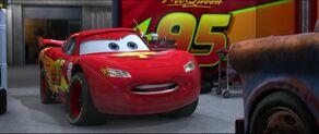 Cars2-disneyscreencaps.com-4902
