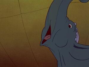 Dumbo-disneyscreencaps.com-2166