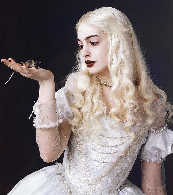 White Queen (Alice in Wonderland)