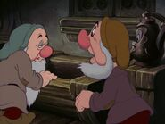 Snow-white-disneyscreencaps.com-3197