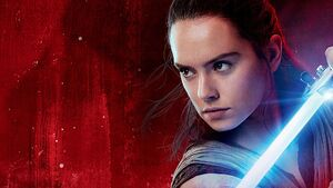 Rey-lightsaber-star-wars-the-last-jedi