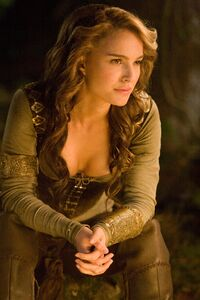 Natalie Portman as Isabel in Your Highness 113