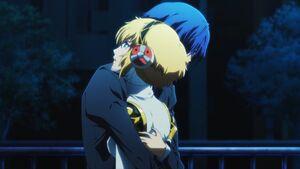 Minato hugs Aigis