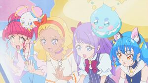 STPC29 Hikaru, Fuwa, Elena, Madoka, Prunce and Yuni look at Saman out of curiosity