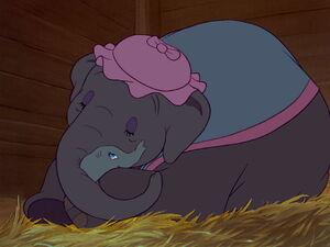 Dumbo-disneyscreencaps.com-1181