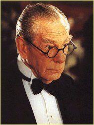 Alfred Pennyworth (Burtonverse) 001