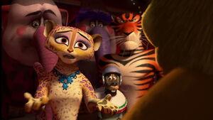 Madagascar3-disneyscreencaps.com-8181