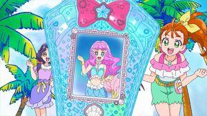 Viva! Spark! Laura in the Mermaid Aqua Pot