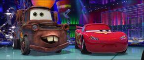 Cars2-disneyscreencaps.com-2548