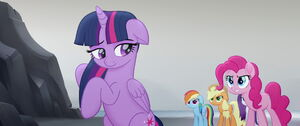 Pinkie Pie angry and judging Twilight
