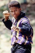 Black-Ranger-Power-Rangers-Zack-Taylor-f