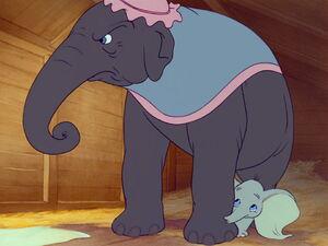 Dumbo-disneyscreencaps.com-1152