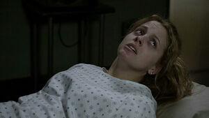 2x02 Erica at hospital