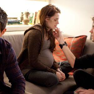 Exclusive-Kristen-Stewart-Pregnant-Bella-Swan-Pictures-From-Breaking-Dawn-Part-1