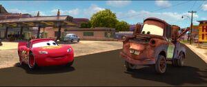 Cars2-disneyscreencaps.com-1036