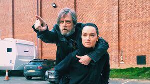 Luke and Rey TLJ