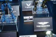 Robot Spirits Titan Redeemer (New York Comic Con)-02
