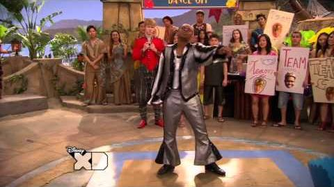 HQ_Pair_of_Kings_-_King_Boomer_vs._King_Boz_Dance_(Pair_of_Kings_Dancing_With_the_Scars)