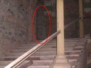 Decebal-hotel-ghost.jpg