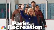 Leslie Knope Walks on Ice - Parks and Recreation