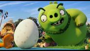 Leonard sees an egg