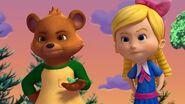 Goldie & Bear mad