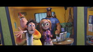 Cloudy with a chance of meatballs 2 08