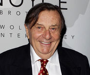 Barry-Humphries-2